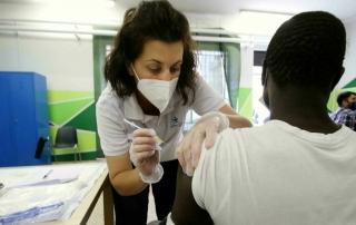6032344_1615_vaccino_migranti_covid